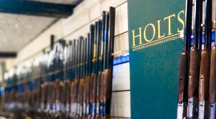 Holts våben auktion repræsenteres af Game and Gun i Danmark