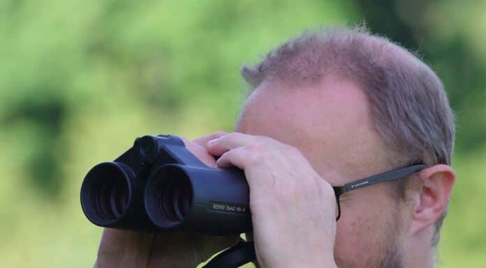 forfatteren med Leica Geovid HD-R rangefinder